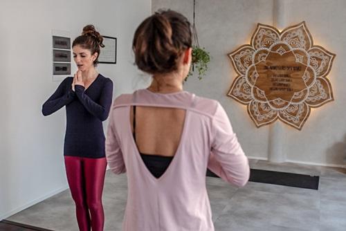 Kundalini Yoga Curitiba Dalmeet Kaur Yoga & Terapias
